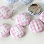 {Sweet – Pins} – Kleine Bonbons zum Anstecken als Geschenkidee