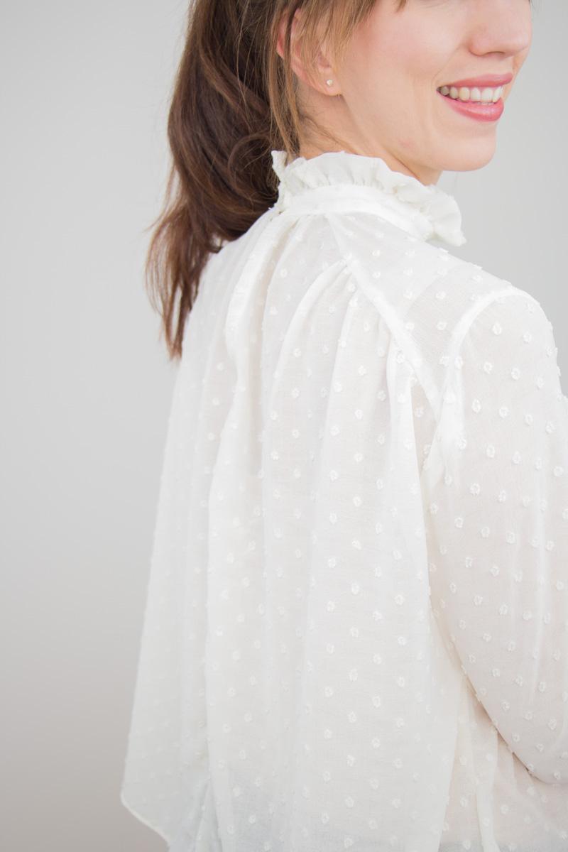 Rüschenbluse Capsule Wardrobe