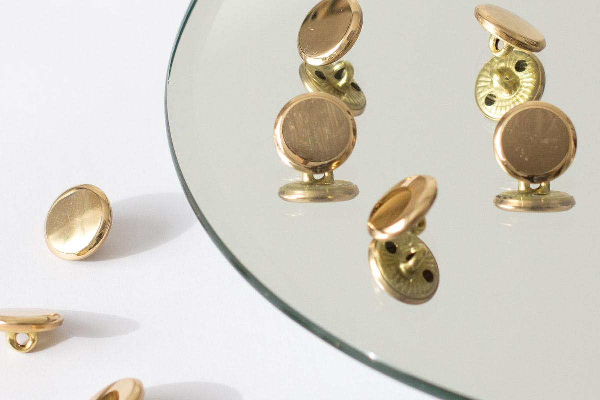 Knöpfe aus Metall, gold mit Steg